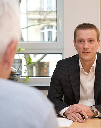 Anwalt Kay Oliver Hübner Köln Verkehrsrecht Vertragsrecht