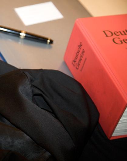 Anwaltskanzlei Kay Oliver Hübner Köln Verkehrsrecht Vertragsrecht